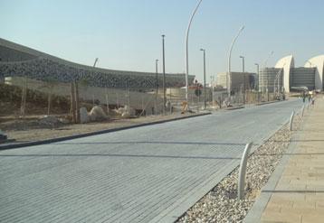 卡塔尔体育场地铺工程